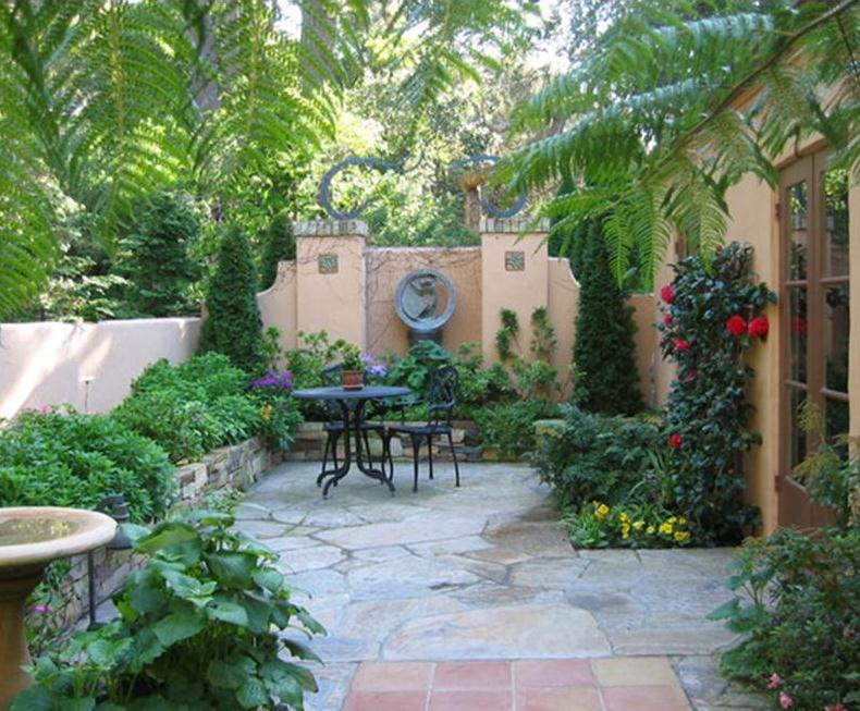 cozy courtyard ideas